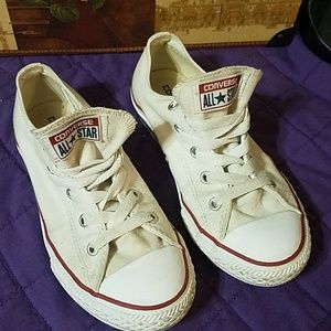 Converse All Star White with red trim low tops